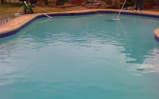 How many gallons of water are in my pool??