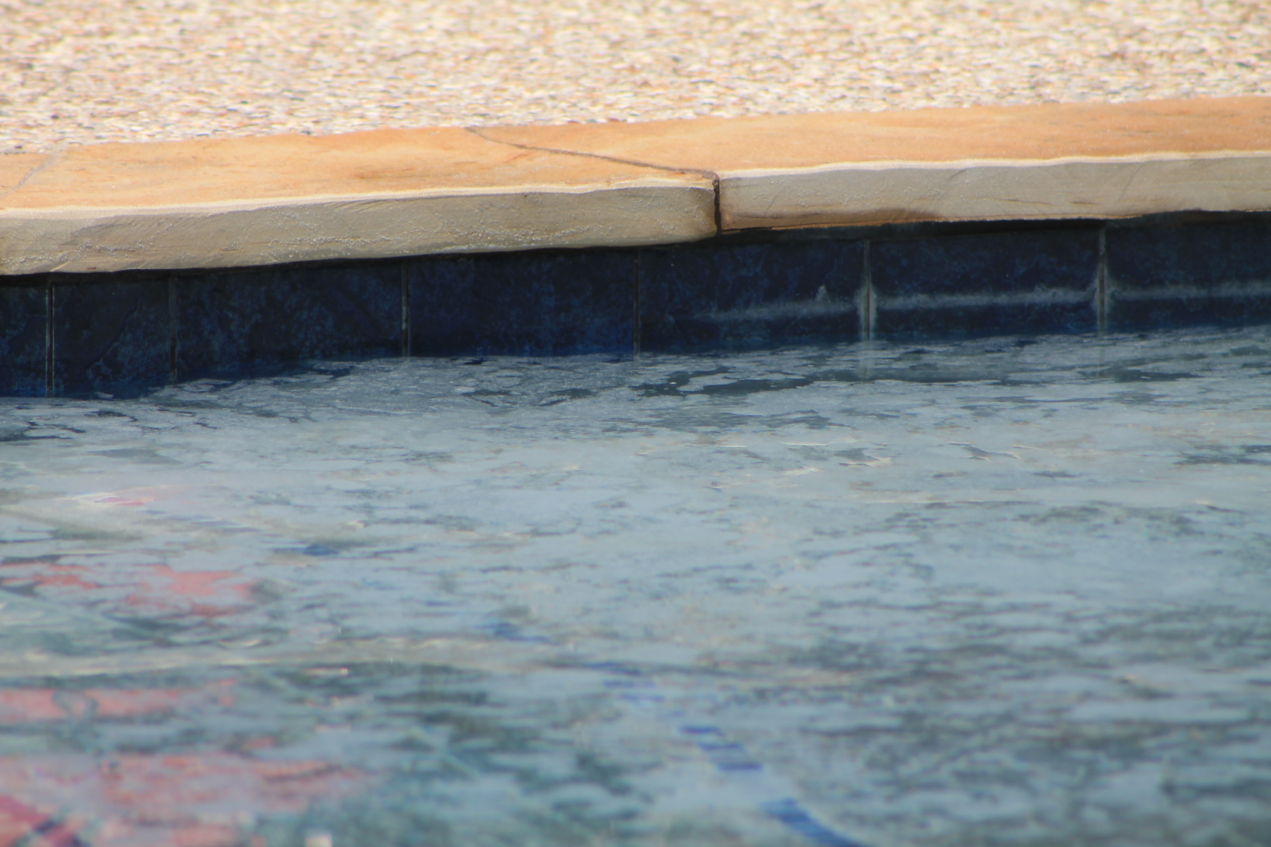 cleaning pool tile with baking soda