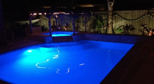 led color changing pool spa lights the pool scrubbers. Black Bedroom Furniture Sets. Home Design Ideas
